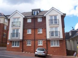 Thumbnail 2 bed flat to rent in Chineside Heights, Earle Road, Bournemouth