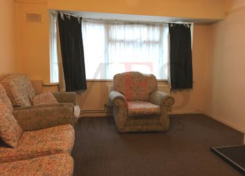 Thumbnail 3 bed flat to rent in Larch Cresent, Hayes