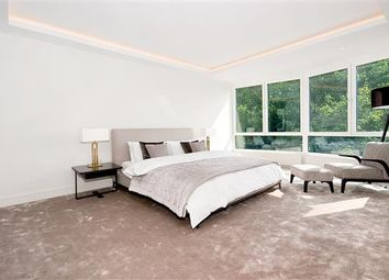 Thumbnail 2 bedroom flat for sale in Castleacre, Hyde Park