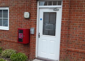 2 bed flat to rent in Tawny Grove, Coventry CV4