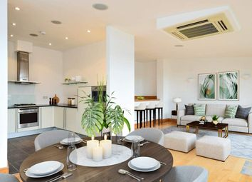 2 bed penthouse for sale in Farm Lane, London SW6