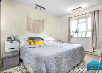2 bed property for sale in Finchley Road, London NW11