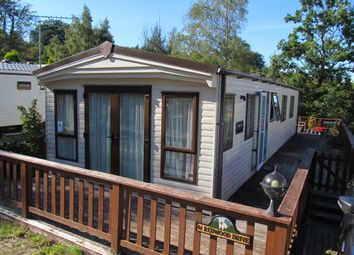 2 bed mobile/park home for sale in Redwood Drive, Beauport Park, Hastings, East Sussex TN37