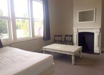 3 bed flat to rent in Coombe Road, Norbiton, Kingston Upon Thames KT2