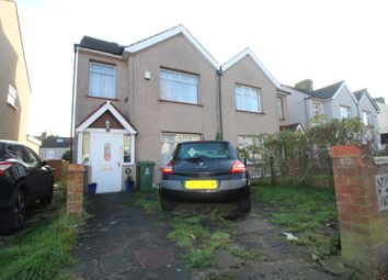 4 bed semi-detached house to rent in Monkton Road, Welling DA16