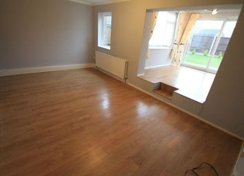 Thumbnail 3 bedroom property to rent in Handcross Road, Luton