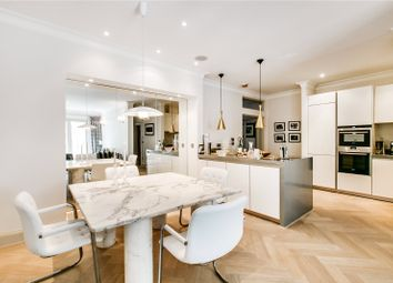 Thumbnail 2 bed flat for sale in Upper Richmond Road, London