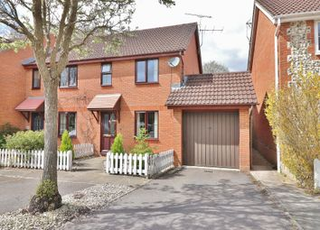 Thumbnail 3 bed link-detached house for sale in Marsh Gardens, Hedge End, Southampton