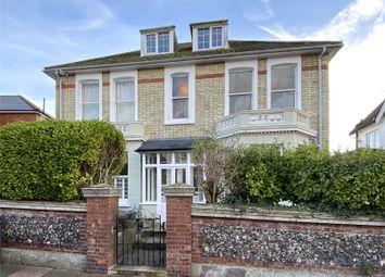 Hurst Road, Eastbourne BN21. 2 bed flat for sale
