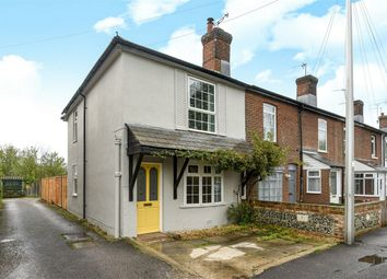 2 bed end terrace house for sale in Alresford Road, Winchester SO23