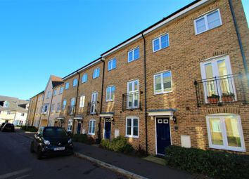 4 bed town house to rent in The Square, Loughton IG10