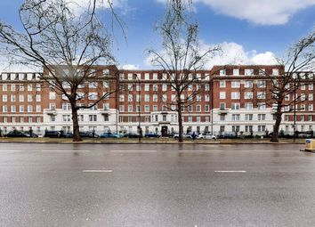 Abbey Lodge, London NW8. 4 bed flat for sale