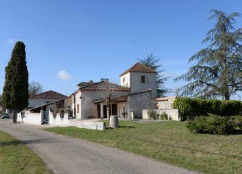 Thumbnail 4 bed town house for sale in 47340 Laroque-Timbaut, France