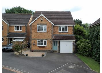 Thumbnail 4 bedroom detached house for sale in Price Gardens, Warfield