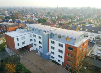 Thumbnail 2 bedroom flat for sale in Pemberton Road, East Molesey