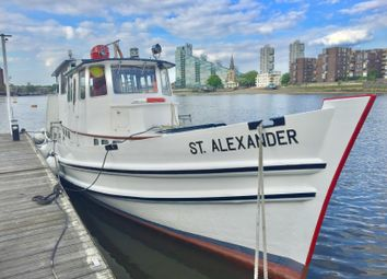 Thumbnail 1 bedroom houseboat for sale in St. Alexander, Chelsea Harbour Marina, London