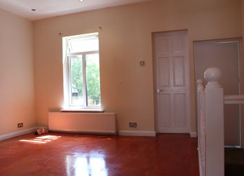 Thumbnail 2 bed flat to rent in Fredrick Street, Luton