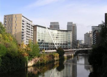 2 bed flat to rent in The Bridge, 40 Dearmans Place, Salford M3