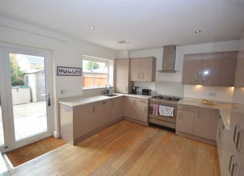 4 bed town house to rent in Broad Street, Earls Barton, Northampton NN6
