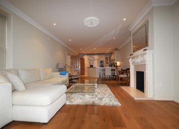 Thumbnail 2 bed flat to rent in The Mount, Caversham, Reading