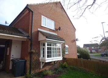 Thumbnail 1 bed town house to rent in Kelling Close, Luton