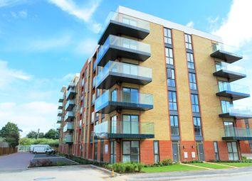 Thumbnail 2 bedroom flat for sale in Oscar Wilde Road, Reading