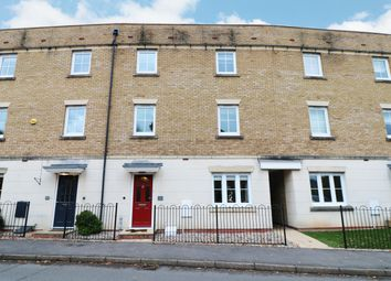 5 bed town house for sale in Dickens Heath Road, Dickens Heath, Shirley, Solihull B90