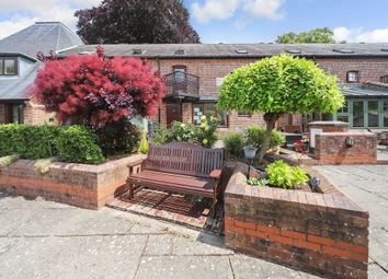 Rodwell Yard, Tring HP23. 3 bed terraced house