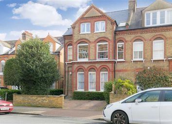 Thumbnail 2 bed flat to rent in Erpingham Road, Putney