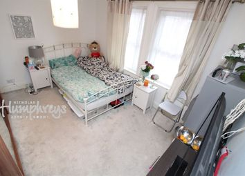 Room to rent in Radstock Road, Reading RG1