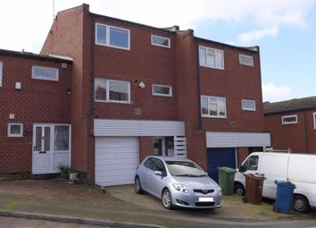 3 bed town house to rent in Baslow Close, Harrow HA3
