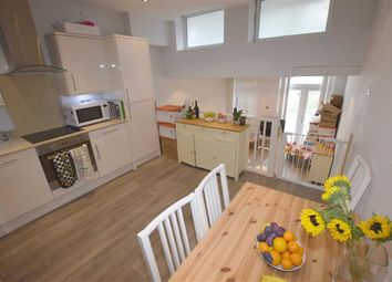 Thumbnail 2 bed flat to rent in 41, Holden Road, Woodside Park, London