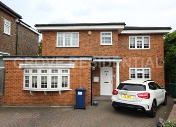 Thumbnail 4 bed property for sale in Ashcombe Gardens, Edgware, Greater London.