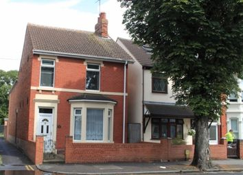 Thumbnail 5 bed end terrace house to rent in County Road, Swindon