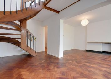 Thumbnail 3 bed cottage to rent in Southwood Lane, Highgate, London