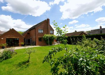 Thumbnail 4 bedroom detached house for sale in Holcombe Lane, Newington, Wallingford