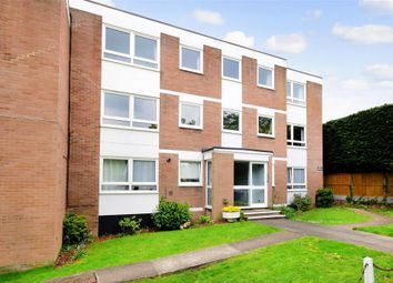 Thumbnail 2 bedroom flat for sale in Forest View, London