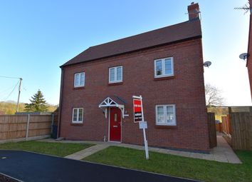 Thumbnail 3 bed detached house for sale in Droitwich Road, Hanbury, Droitwich