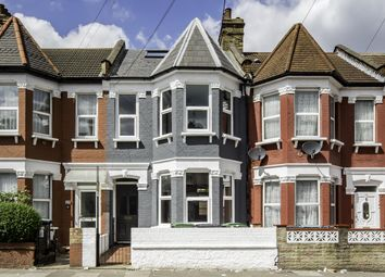 Thumbnail 5 bed property to rent in Woodside Gardens, London