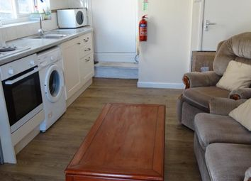 Thumbnail 3 bed flat to rent in Finsbury Terrace, Swansea
