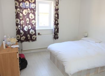 Thumbnail Room to rent in Shandy Street 30, London