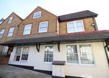 Thumbnail 3 bed flat to rent in Highfield Road, Bushey