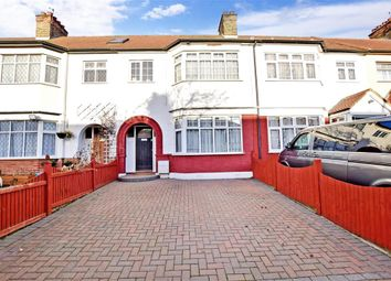 Bawdsey Avenue, Newbury Park, Ilford, Essex IG2. 3 bed terraced house