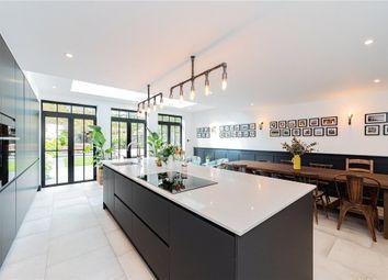 Queens Acre, Windsor, Berkshire SL4. 4 bed terraced house