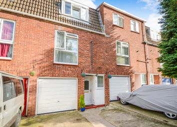 Thumbnail 3 bed town house for sale in Tomkins Close, Borehamwood
