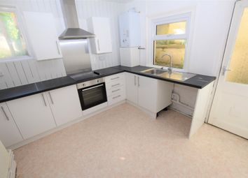 Thumbnail 1 bed flat to rent in Carisbrooke Road, St. Leonards-On-Sea