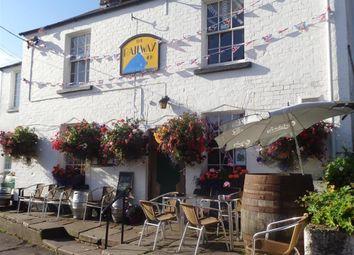 Thumbnail Pub/bar for sale in Station Road, Newnham