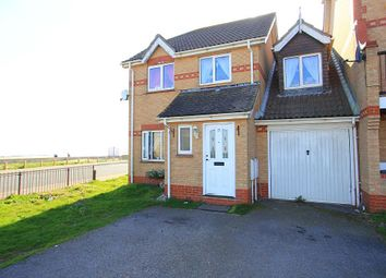 Thumbnail 4 bed link-detached house for sale in Hastings Avenue, Clacton-On-Sea, Essex