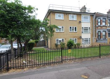 Thumbnail 2 bed flat to rent in Chelmsford Road, London