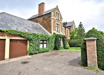 Thumbnail 6 bed town house for sale in Goodwins Road, King's Lynn
